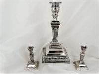 Set van 3 zilveren kandelaars,  zeer fraai